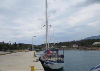 Anmeldung am Steg vor dem Kanal von Korinth